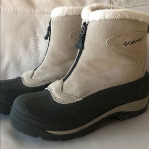 Columbia winter boots 9